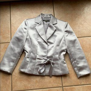 Tahari ASL Luxe Nelson Silver Satin Blazer Size 2